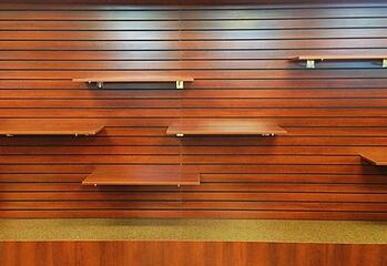 Common_Slatwall_Accessories_Found_in_Pharmacies
