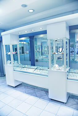 glass_display_showcases